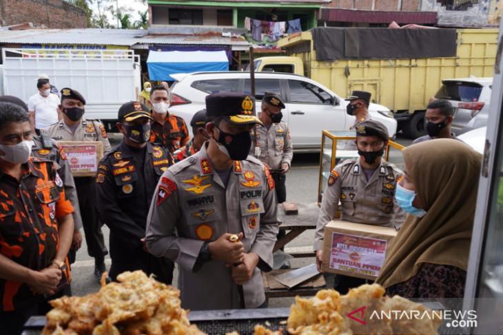 Kapolda bantu sembako untuk warga terdampak COVID-19 di Bener Meriah