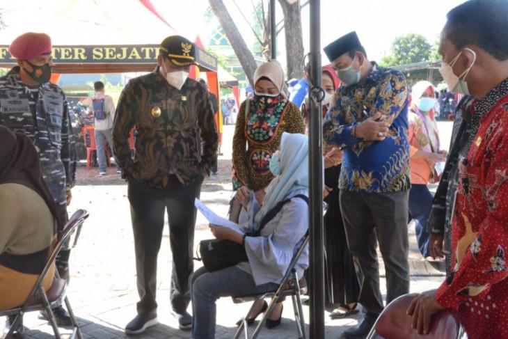 TNI AL-Pemkab Sidoarjo buka layanan 1.000 vaksin untuk warga Desa Pepe