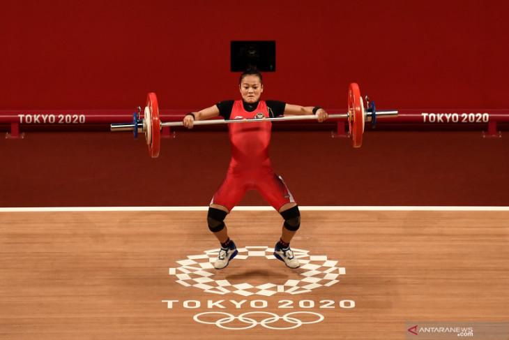 Olimpiade Tokyo: Lifter Windy Cantika sumbang medali pertama untuk Indonesia