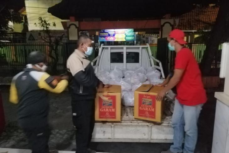 Agar tepat sasaran, Legislator kawal penyaluran bantuan sembako di Surabaya