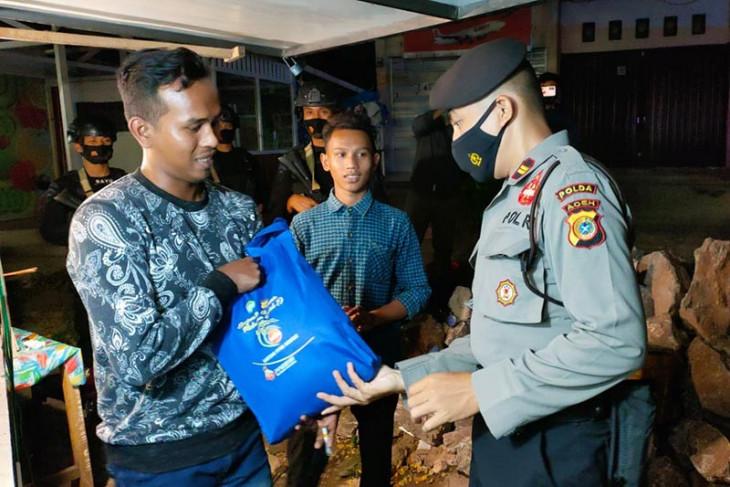 Polda Aceh salurkan 2.275 paket bantuan sosial kepada masyarakat
