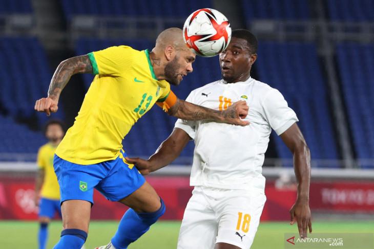 Olimpiade Tokyo: Diwarnai dua kartu merah, Brazil ditahan Pantai Gading 0-0
