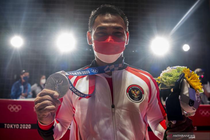 Khofifah: terima kasih Eko Yuli persembahkan medali di saat pandemi COVID-19