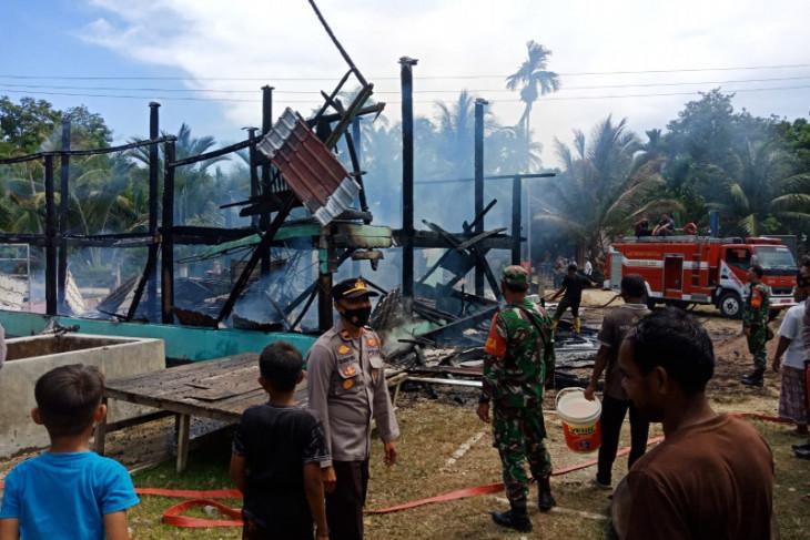 Meunasah ludes terbakar di Aceh Timur, ini penyebabnya