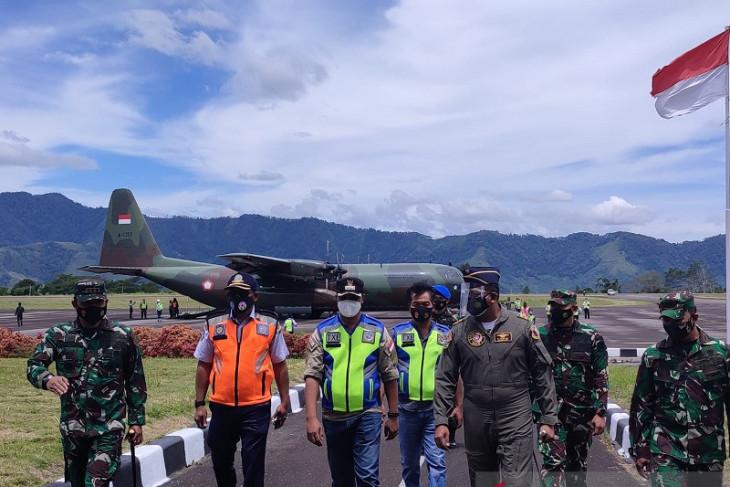Hercules C-130 sukses uji landing perdana di Bandara Rembele
