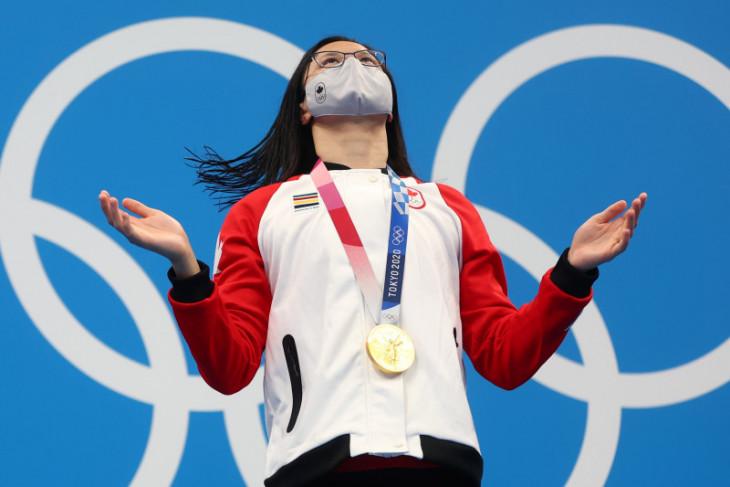 Olimpiade Tokyo - Maggie MacNeil rebut emas 100m kupu-kupu putri