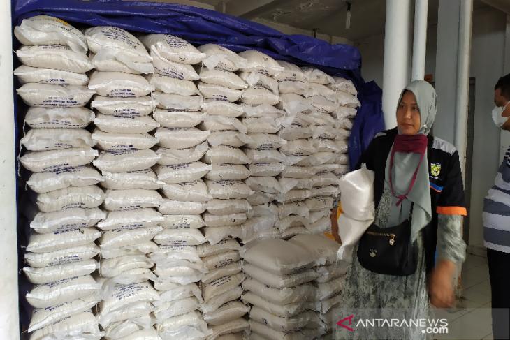 Pos Indonesia distribusikan 4.261 ton beras untuk warga Aceh terdampak PPKM