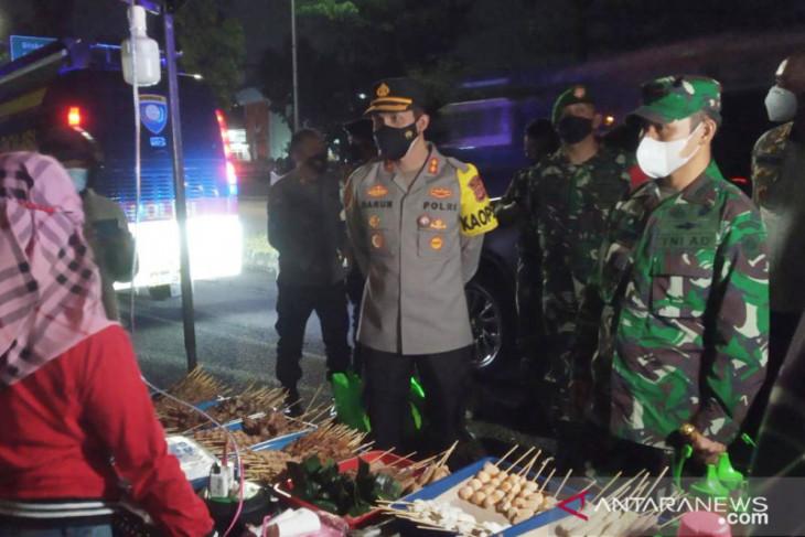 Ade Yasin dorong pelonggaran sektor usaha kecil saat PPKM Level 4 di Bogor