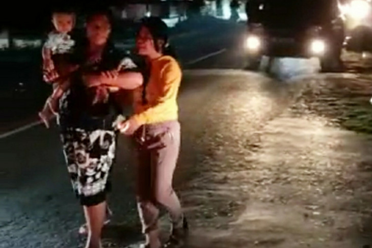 Usai  gempa magnitudo 6,5, Masyarakat Tojo Una-Una ngungsi ke gunung