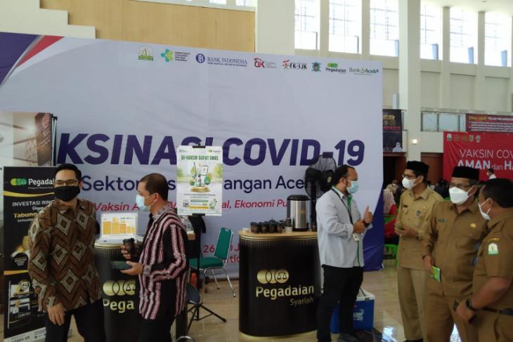 FKIJK Aceh perkenalkan produk jasa keuangan lewat program vaksinasi