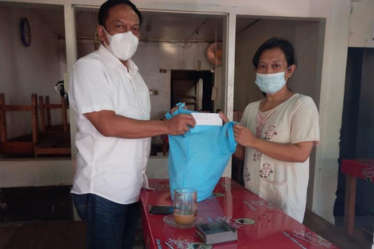 Seorang ibu di Surabaya terpaksa gadaikan kartu PKH demi sambung hidup