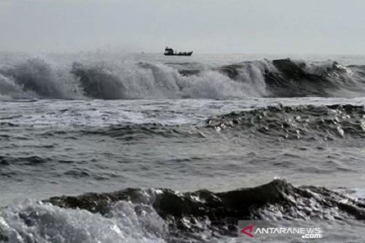 BMKG peringatkan gelombang ekstrem enam meter