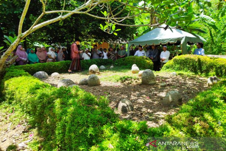 Makam ulama besar Aceh penulis kitab Lapan dipugar