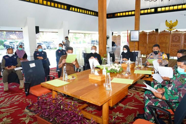 Bupati Banyuwangi ajak warga isoman manfaatkan tempat isolasi  terpusat