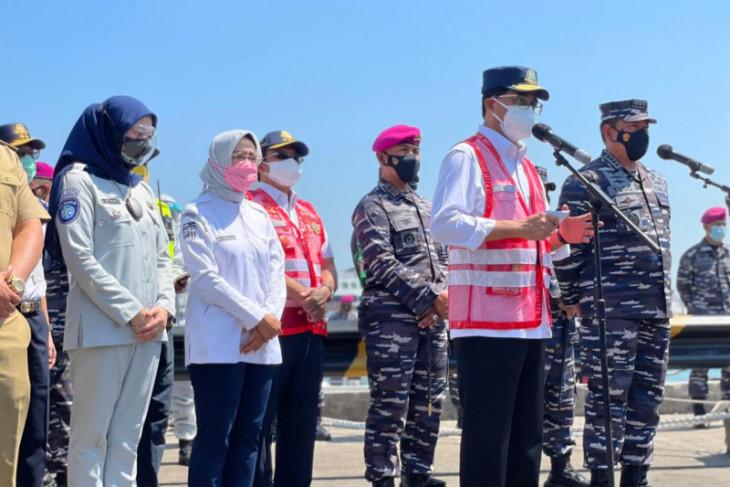 Dirops Jasa Raharja dampingi Menhub tinjau pelaksanaan Baksos di Pelabuhan Merak