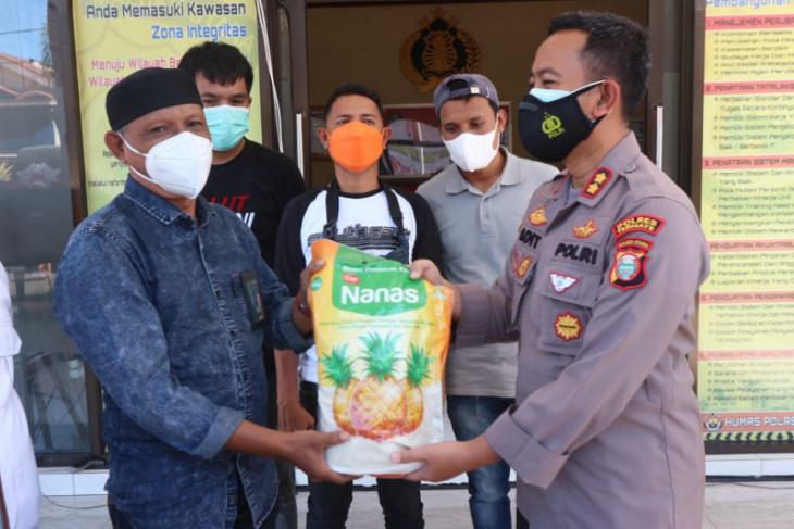 Wartawan di Ternate jalani Isoman dapat bantuan sembako dari Kapolres begini penjelasannya