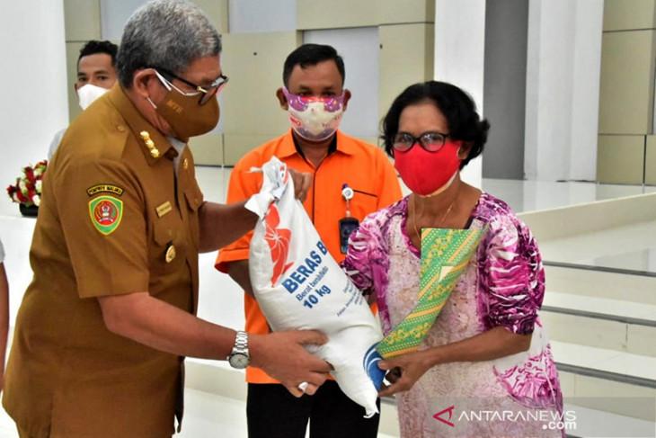 9.790 keluarga di Maluku Tenggara dapat bantuan sosial dari pemerintah begini penjelasannya