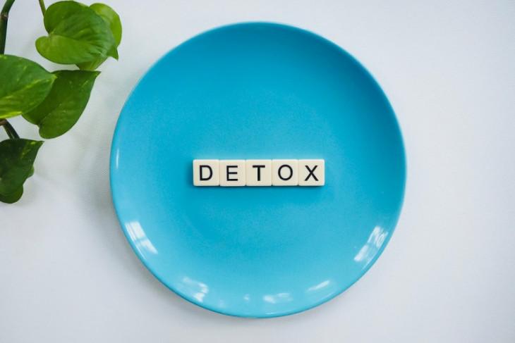4 cara detoks tubuh untuk pencernaan lebih sehat
