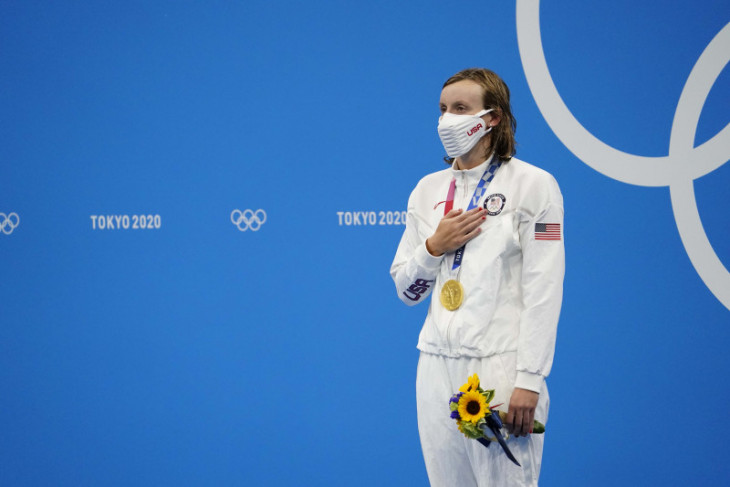 Katie Ledecky sabet medali emas setelah juarai nomor baru 1.500m