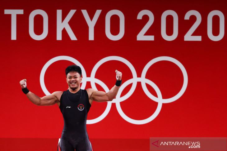 Olimpiade Tokyo: Lifter Rahmat Erwin Abdullah sumbang perunggu untuk Indonesia