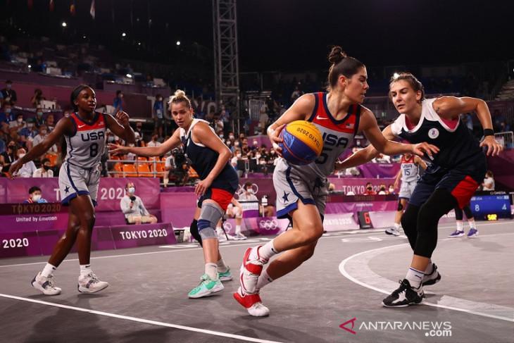 Olimpiade Tokyo, tim putri Amerika Serikat sabet emas perdana basket 3x3