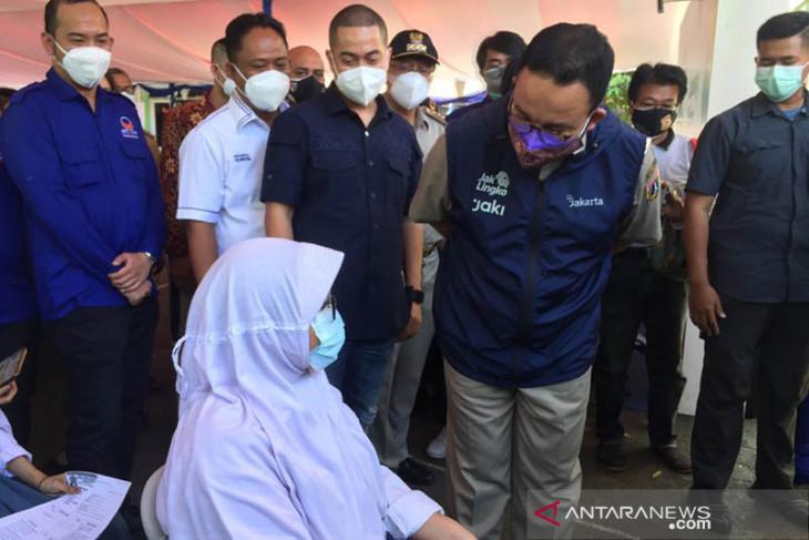 Kantor non esensial Jakarta bisa beroperasi asal karyawan sudah divaksin