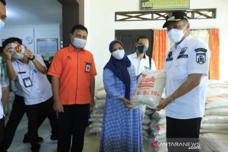 Wawali Kota pantau penyaluran bantuan beras PPKM