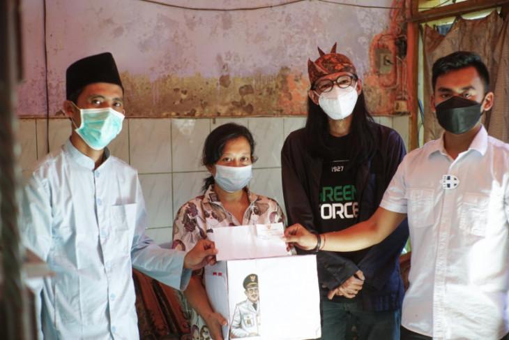Wawali Armuji bantu modal usaha kepada warga yang gadaikan kartu PKH