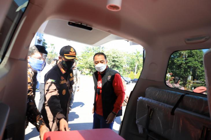 PDAM bantu 10 ambulans untuk penanganan COVID-19 di Kota Surabaya