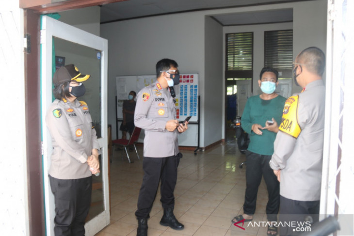 Kapolda Jambi tinjau tempat isoman pasien COVID-19
