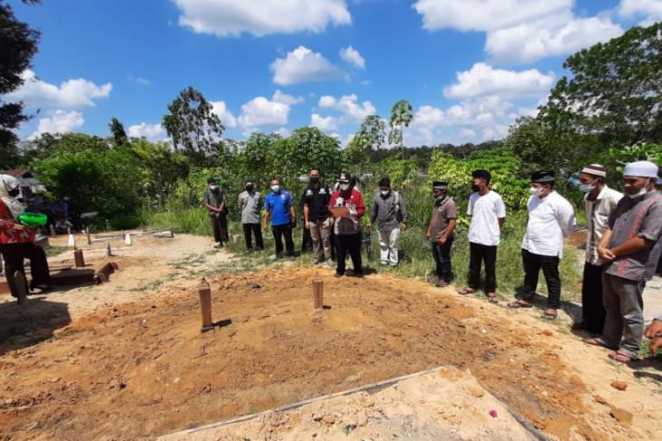 Wakil Bupati Sintang hadiri pemakaman Haji Muhammad Hery Syamsudin