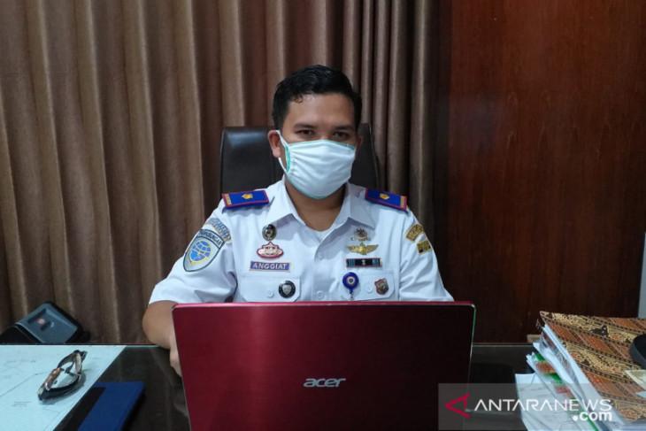 KSOP Tanjung Pandan pastikan bongkar muat sembako lancar selama PPKM