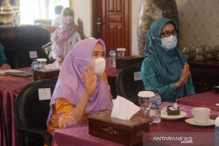 TP PKK Jambi sosialisasi cegah perkawinan anak hingga ke desa