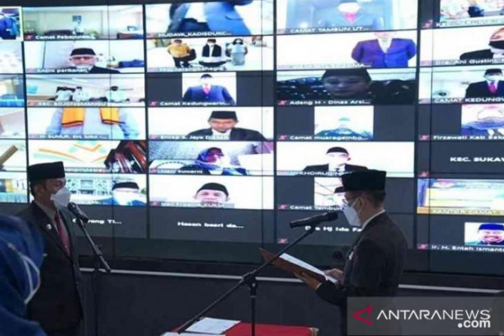 Penjabat Bupati Bekasi minta Herman Hanapi menyiapkan sekda definitif