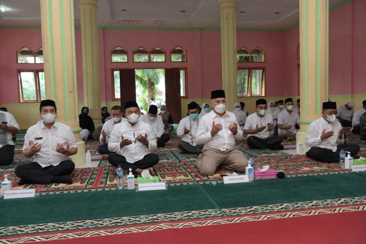 Zikir dan berdoa di SMKN Meulaboh, ini kata Sekda Aceh