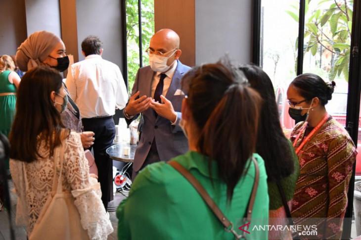 KBRI Paris dorong pengusaha Prancis belanja produk Indonesia