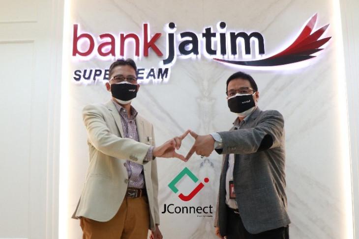 Bank Jatim luncurkan layanan digital