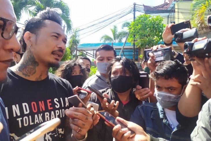 Jerinx SID diperiksa di Polres Badung-Bali pada 28 Juli