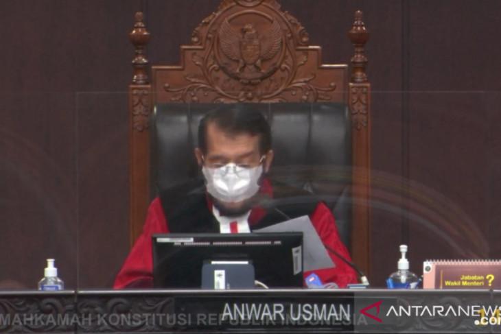 Gugatan pasangan calon Bupati dan Wakil Bupati Labuhanbatu ditolak MK