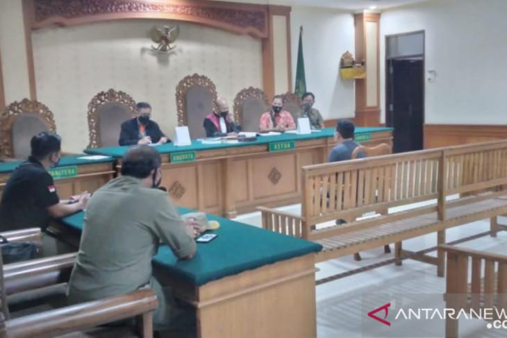 Satpol PP Denpasar lakukan sidang tipiring untuk pembuang limbah