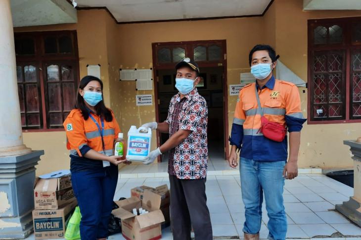 CMI bantu cairan antiseptik serta lakukan penyemprotan disinfektan
