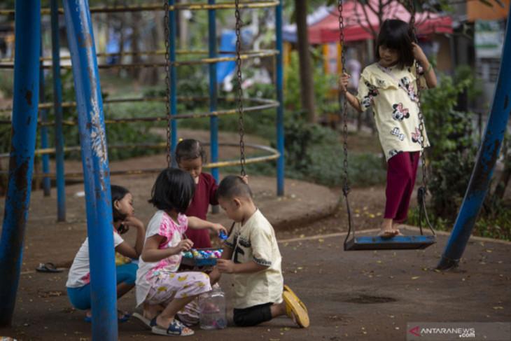 Pemkot Surabaya diminta perhatikan nasib anak yatim dampak pandemi COVID-19