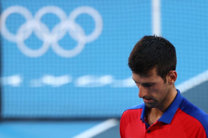Olimpiade Tokyo: Djokovic pulang tanpa medali setelah mundur dari ganda campuran