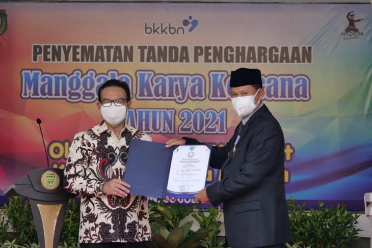 Kota Madiun raih penghargaan Manggala Karya Kencana dari BKKBN
