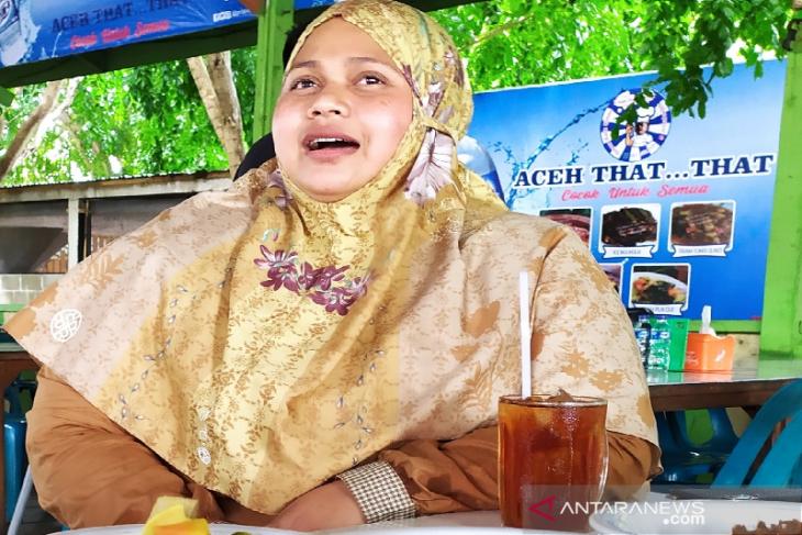 Azizah eks pasukan Inong Balee GAM  kini sukses berbisnis kuliner