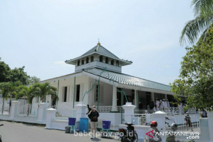 Masjid Jamik Muntok jadi contoh penerapan prokes COVID-19 di rumah ibadah
