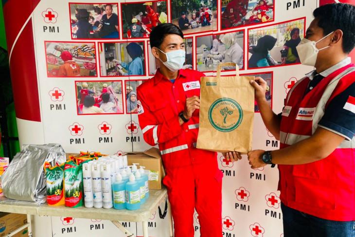 PMI Kota Tangerang terima bantuan APD dan nutrisi khusus relawan