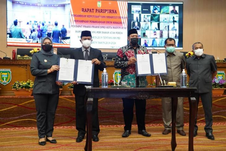 Seluruh fraksi DPRD Kota Madiun setujui Raperda Perubahan RPJMD