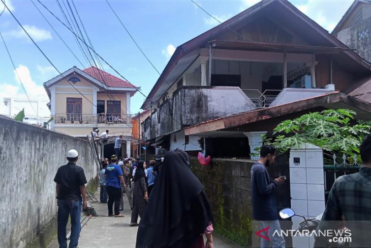 Bupati Seram Barat Yasin Payapo meninggal  turut berdukacita