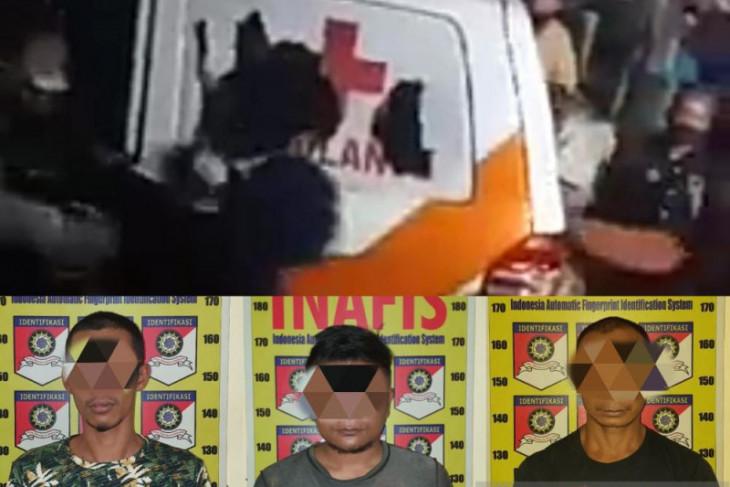 Polisi tetapkan tiga tersangka perusak ambulans jenazah COVID-19 di Jember